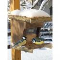 Vogelfutterstelle mit Freisitz